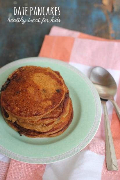 healthy date pancakes