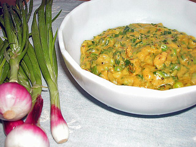 simple spring onion curry