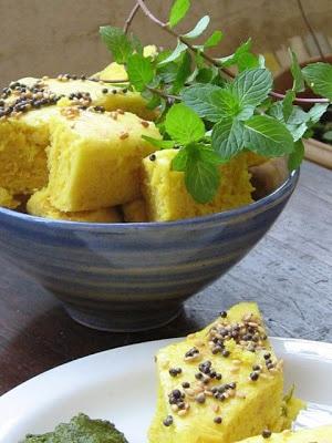 Instant Khaman Dhokla (Steamed gram flour cake)