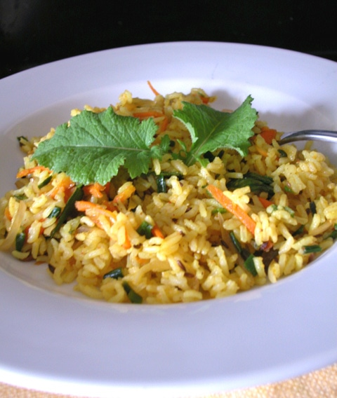 Fried rice with mustard greens