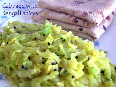 Cabbage curry with Bengali spices