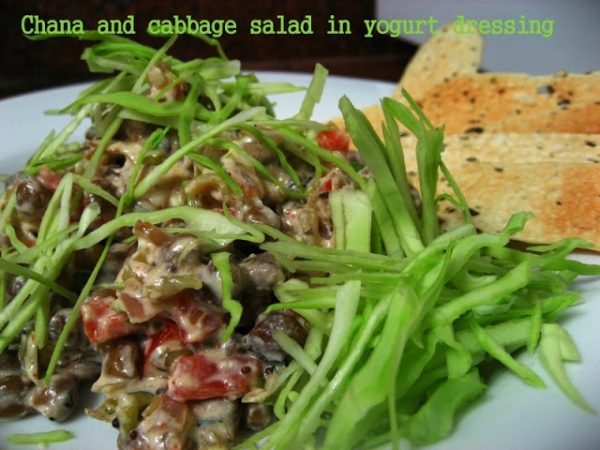 Chana cabbage salad with yogurt dressing - Low carb vegetarian dinner series