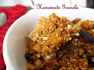 Homemade granola, at last - with homemade applesauce