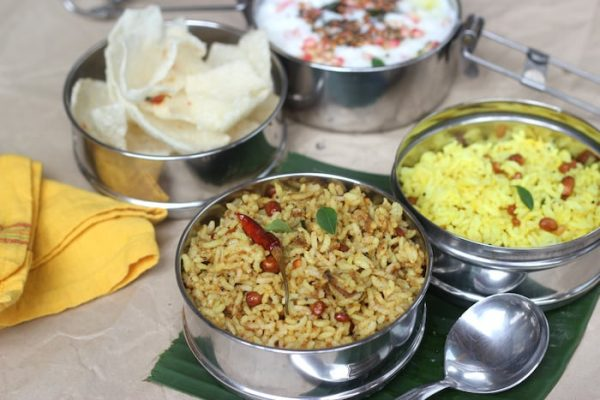 Puliyodharai - Traditional Tamarind Rice Recipe