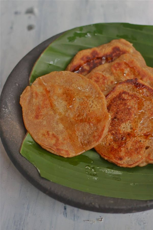 Pazham Dosai / Sesame Banana Pancakes - In Support For #SeedTheRiseChallenge