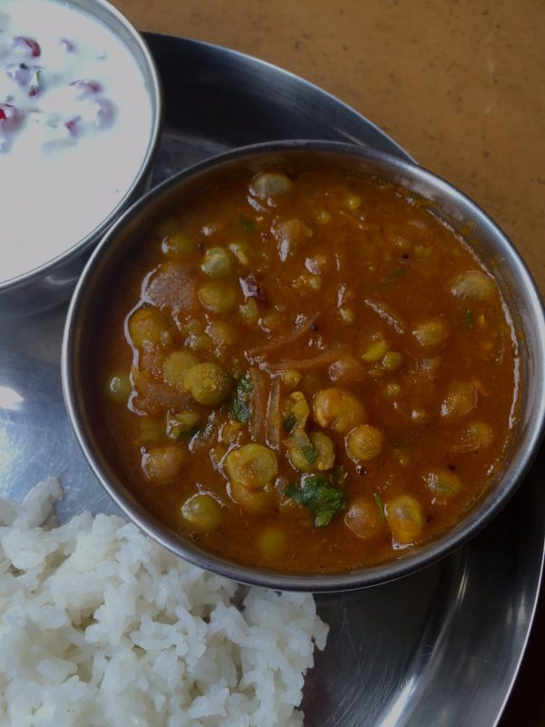 Dried Green Peas Curry