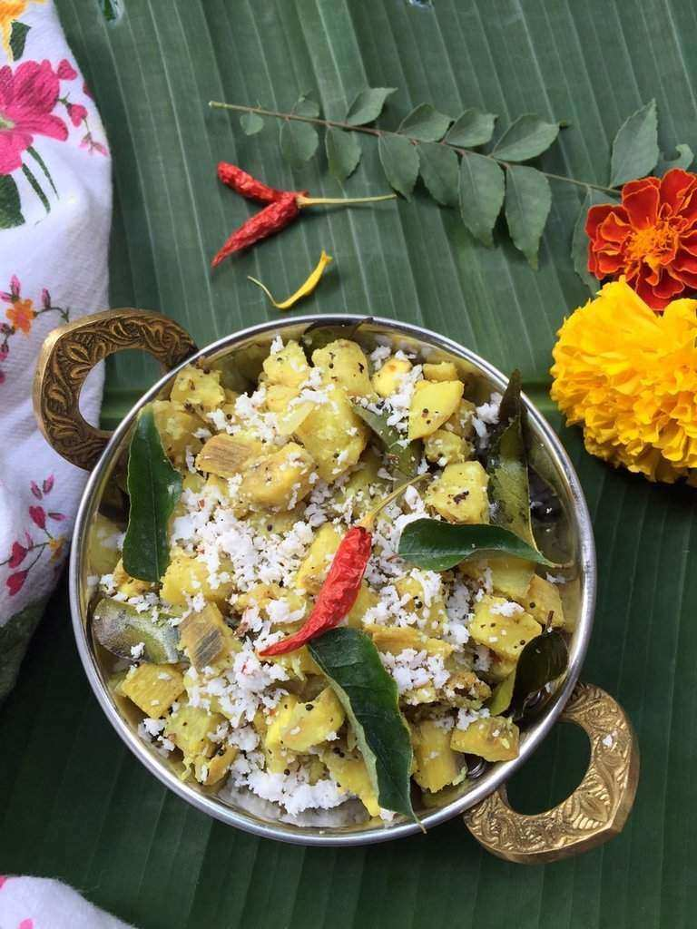 easy-onam-recipes-kaya-mezhukkupurati