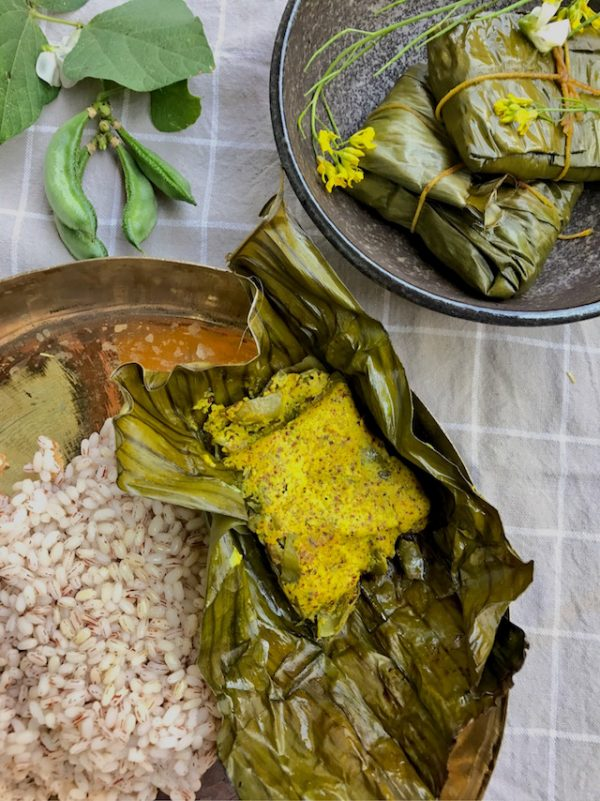 Sheem Paturi - Flat beans in Banana Leaf Parcels