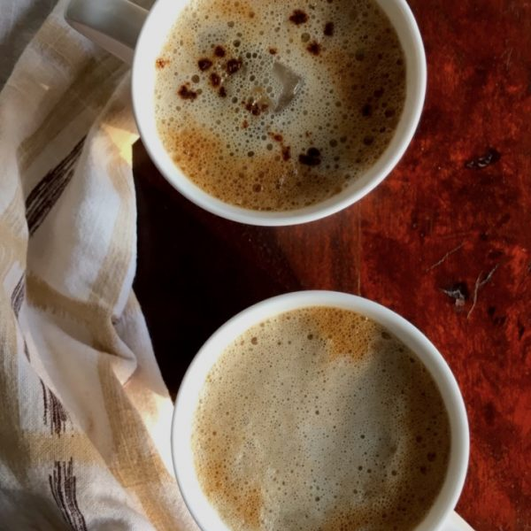 How to make a frothy iced coffee with instant coffee granules - No equipment required