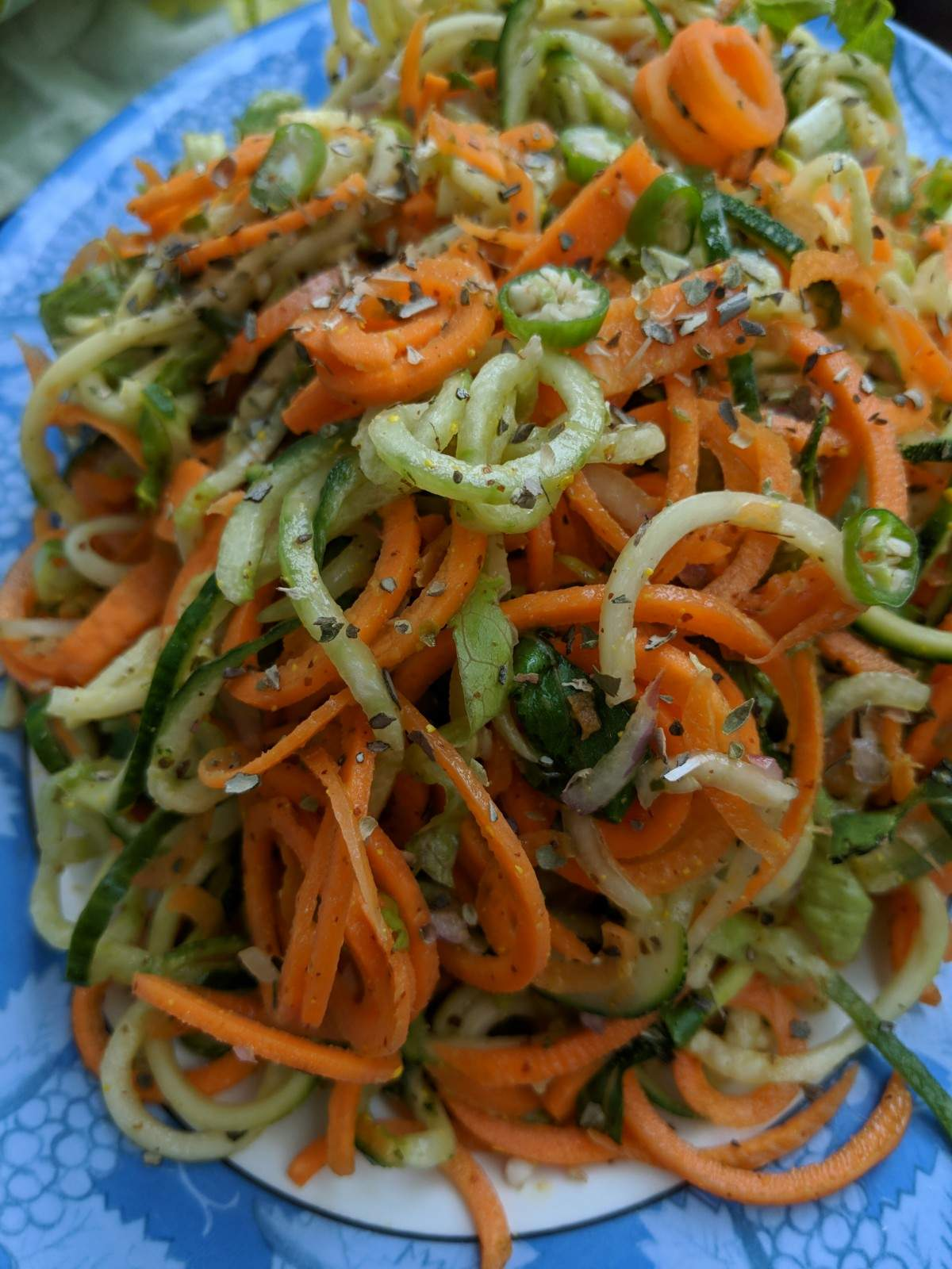 skinny spiralized salad with zucchini cucumber
